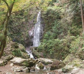 払沢の滝.jpg